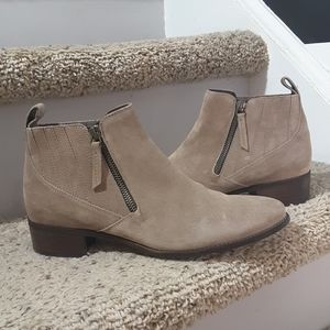 PAUL GREEN Neutral Suede Zip Ankle Boot Sz 7.5